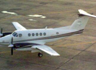 Avión Beech B200